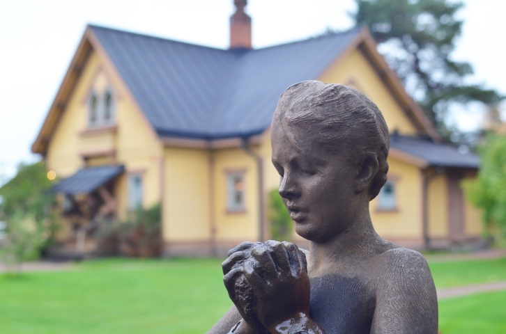 Sculpture in front of the original Anders Zorn home in Mora, Sweden. (Photo by Clay Myers-Bowman)