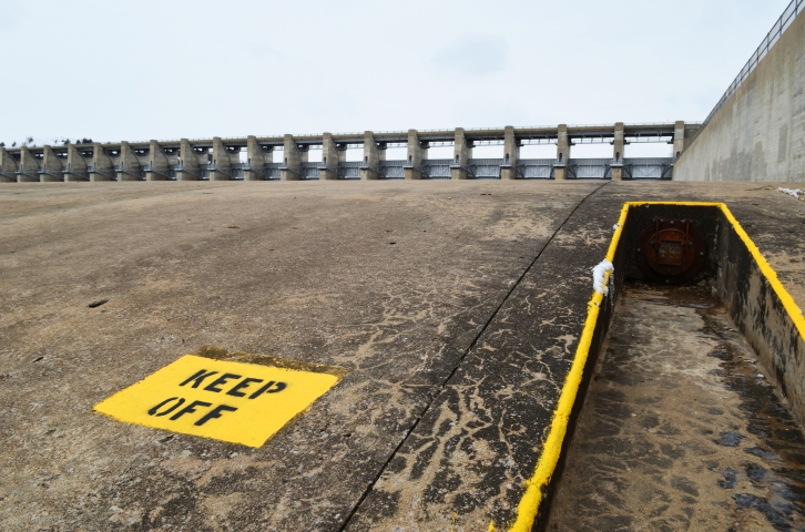 Warning sign on the spillway below the gates in Tuttle Creek State Park. (Photo by Clay Myers-Bowman)